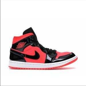 Air Jordan 1 Mid (BQ6472 600) Hot Punch Black, NEW